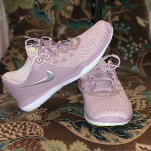 Nike Flex Supreme TR 6